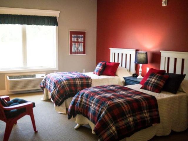 Bedroom_640x480