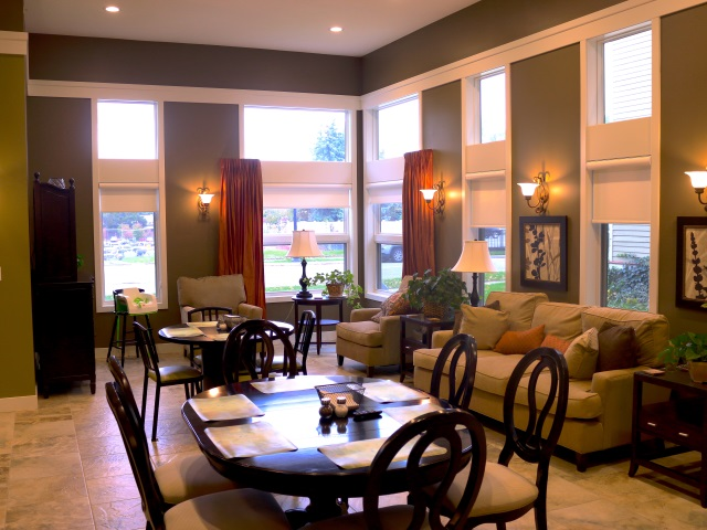 Burdick Dining Room_640x480